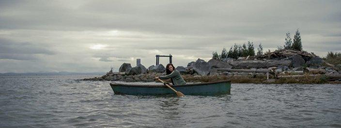 Imagem de: Missa da Meia-Noite: a Ilha Crockett realmente existe?