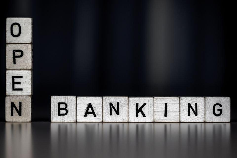Um olho no open banking, outro no open finance